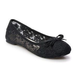SO Black Lacy Ballet Flats 8 (NWT)